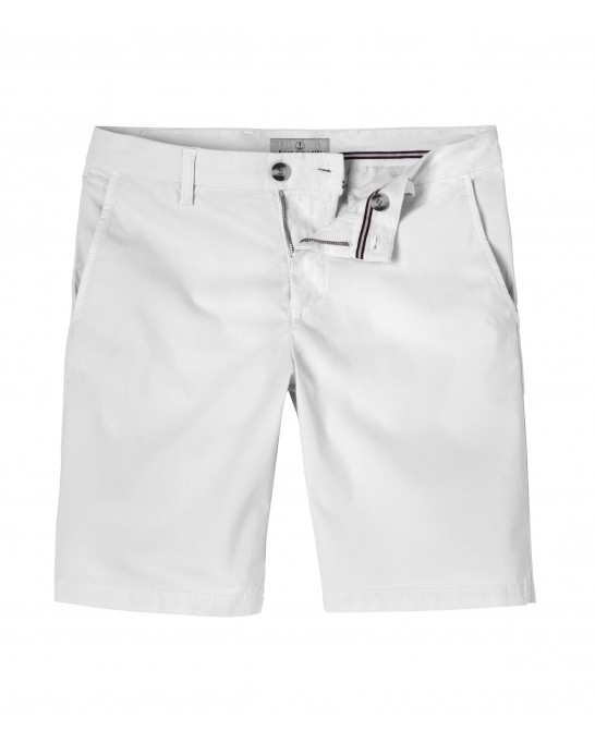 TEXAS - Slim fit  Chino Bermudas, white