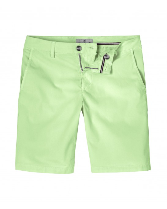 TEXAS - Slim fit  chinos bermudas, anise