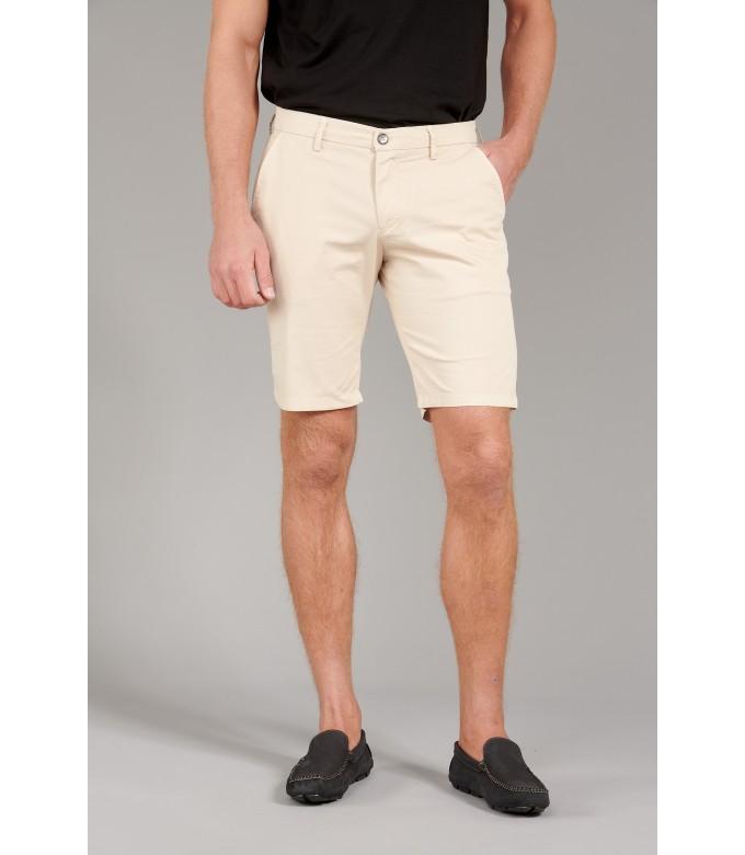TEXAS - Slim fit Chino Bermudas, beige